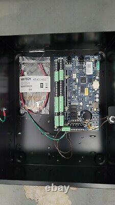 Panneau De Contrôle D'accès À 4 Portes Kantech Prêt À L'accès Ethernet (contrôleur Seulement) Kt-400